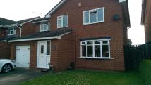 Detached property to rent in Boar Lane...