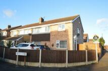 4 bedroom semi detached property in Irwin Drive, Nottingham