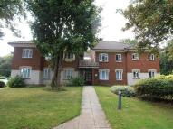 2 bedroom Flat for sale in Hawks Hill Court...
