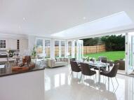 5 bedroom new property in Bookham Grange...