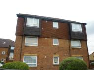 Apartment to rent in Braemar Gardens, SLOUGH