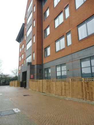 1 Bedroom Apartment To Rent In Wellington Street Slough Sl1