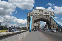 2 bed Apartment in Tower Bridge Gardens...