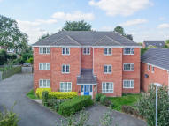 Ground Flat for sale in Yeomans Close...