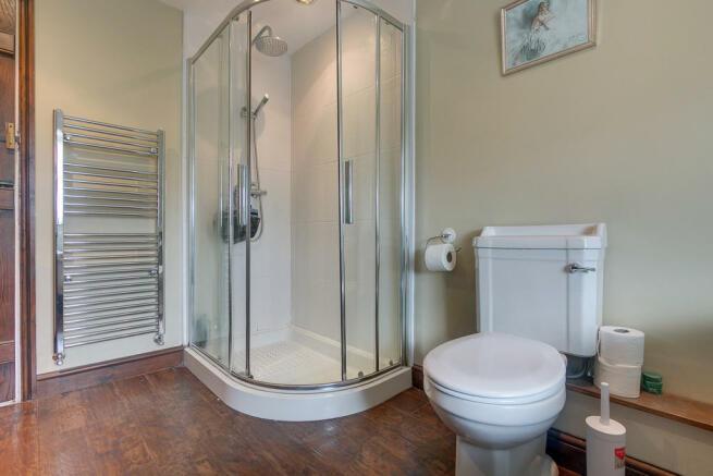 Upstairs bathroom...