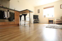2 bed Flat in Shared Ownership...