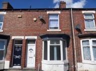 2 bedroom house to rent in Stranton Street...