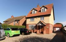 4 bedroom Detached house for sale in Lopham Road...