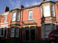 2 bedroom Flat in Fairfield Road, Jesmond...