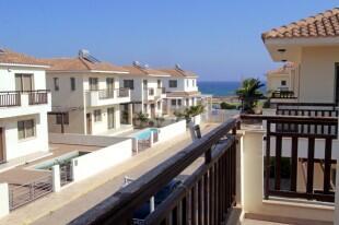 Veranda + Sea Views