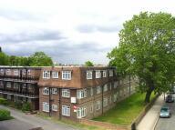 2 bedroom Flat in Park Hall Road, London
