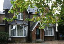 Flat to rent in Cromwell Road, Teddington