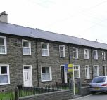 Terraced house for sale in Glanypwll...