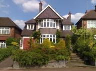 6 bedroom Detached home in Beech Drive, London, N2