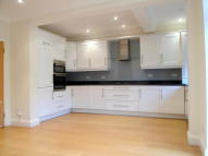 3 bed semi detached home in Saxon Way, London, N14