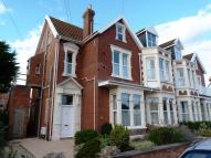1 bed house in Grove Road...