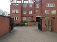 2 bed Apartment in Seymour House, Warwick Rd