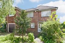 5 bedroom Detached house in Laurel Way, Totteridge...