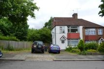 4 bed semi detached house in Sherrards Way, Barnet...
