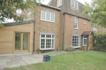 Totteridge Village semi detached house to rent