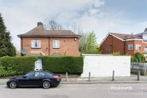 3 bed Detached property in Woodside Grove...