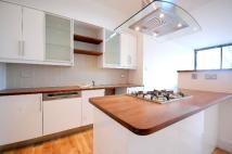 Apartment to rent in Thrawl Street, E1