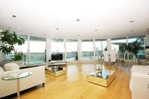 2 bedroom Apartment to rent in Wapping High Street, E1W
