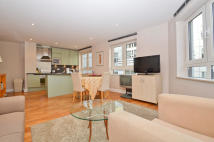 Apartment to rent in Pepys Street, EC3N
