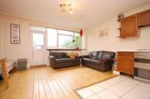 Apartment to rent in Weymouth Terrace, E2