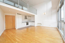 1 bed Apartment in King Edwards Road, E9