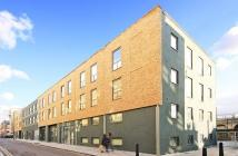 1 bedroom Flat in Cheshire Street, London...