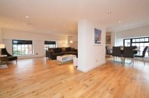 2 bed Apartment in Morning Lane, E9
