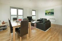 3 bed Flat to rent in Balmes Road, N1