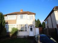 3 bedroom semi detached house to rent in Lynton Avenue...