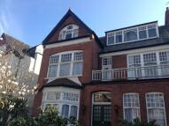 Studio flat to rent in Princes Avenue