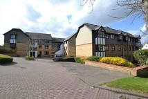 Flat to rent in Chiltern Court