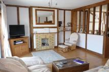 3 bed Maisonette in Beach Station Road...