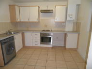 Apartment to rent in Kingfisher Way, Tipton...
