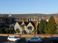 2 bed Flat in Croft Court...