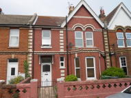 Flat in Mill Road, Old Town...