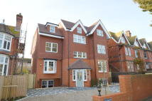 3 bedroom Flat in Milnthorpe Road...