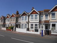 4 bed Terraced home to rent in Royal Parade, Eastbourne...