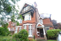 Flat to rent in Denton Road, Eastbourne...