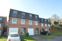 3 bed Terraced house to rent in Downside Close, Old Town...