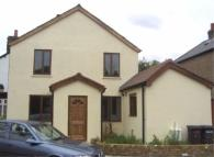 2 bed house to rent in Grove Road, Chertsey