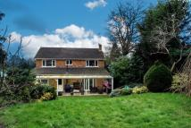 4 bed Detached house in Ongar Hill, Addlestone