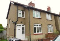 2 bedroom Terraced house to rent in Grove Road, Chertsey