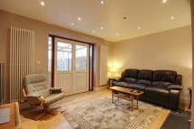3 bed semi detached home in Rutherwyk Road, Chertsey