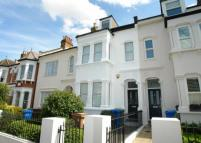4 bed Terraced property in Friern Road...