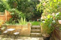 3 bedroom property in Mulberry Close...